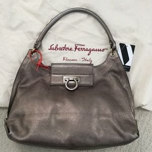 Authentic Ferragamo Fanisa hobo